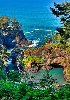 Natural Archs along the Oregon Pacific Coast.