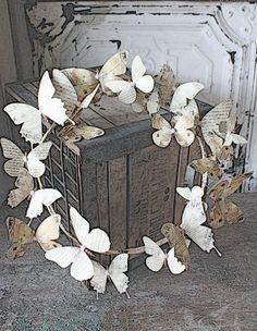 http://www.pinterest.com/brekatnal/wreath/ DIY Wreaths: Book page Butterfly wreath tutorial
