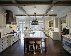 westport-connecticut-ct-residential-shingle-style-kitchen-island-fairfield-county