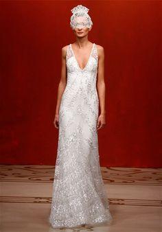 LOVE LOVE LOVE this Reem Acra wedding dress!!