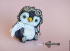 Купить Пингвинчик-авиатор Мелвин коллекционная авторская игрушка тедди - чёрно-белый, пингвин, пингвины