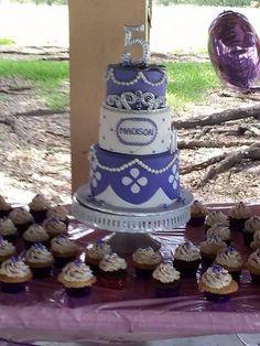 Princess Sofia the first cake