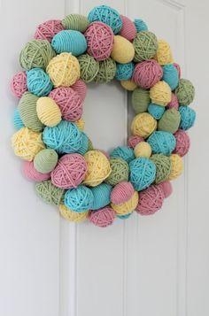 Guirlanda de bolinhas coloridas #decoração #craft #CoatsCorrente