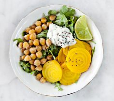 Thursday Lunch: Beet & Chickpea Salad | How To Eat Vegan For A Week And Love It