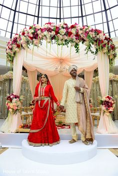 Lovely maharani in her bridal lengha http://www.maharaniweddings.com/gallery/photo/90422 @ElegantAffairs1 @houseoftalent1