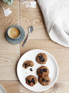 Peanut Butter and Chocolate Chip Chia Cookies