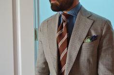 Tie and pocket square from Sprezza. www.sprezza.es info@sprezza.es