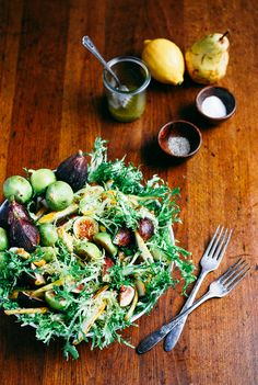 Fig and Pear Salad with Vanilla Bean Vinaigrette // Brooklyn Supper for the Free People Blog
