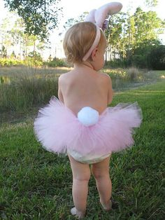 Little Bunny Tutu and matching Bunny Ears - adorable Easter outfit.would want to add a little top too. Hoppy Easter, Easter Bunny, Pink Bunny Costume, Somebunny Loves You, Diy Ostern, Foto Baby, Easter Outfit, Baby Pictures, Easter Pictures