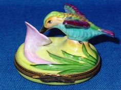 HUMMINGBIRD WITH FLOWER - Porcelain Limoges from France - Limoges Factory Co.