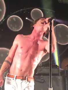 Matt Shultz - Cage the Elephant in Salt Lake City