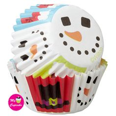 Wilton Merry and Sweet Baking Cups, Mini Decorate fun, festive cupcakes for your holiday celebrations Mini sized baking cup measures Inch in diameter Set the tone for your celebration Includes 100 mini sized baking cups Made of paper-pack of 75 Wilton Cake Decorating, Cake Decorating Tools, Wilton Baking, Baking Supply Store, Wilton Cakes, Theme Noel, Cupcake Liners, Christmas Cupcakes, Baking Cups