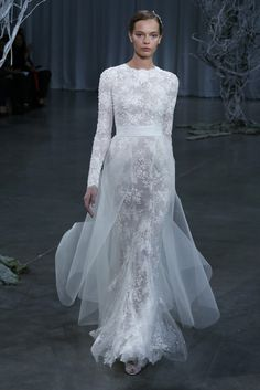 Monique Lhuillier Fall 2013 Bridal. Obsessed with the long sleeves.