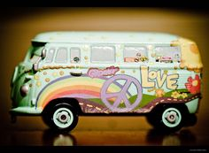 Peace and love bus