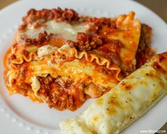 How to make lasagna - one of our favorite dinner recipes!