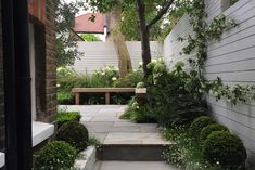 Ealing - Garden Club London