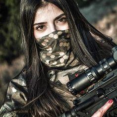 Amazing WTF Facts: Military Girls Wallpaper - Women in the Military Photo - Girls and Guns - Tactical Girls Female Soldier, Military Women, Girls Dpz, Cute Asian Girls, Girls Image, Girl Model, Stylish Girl, Girl Photos, Guns