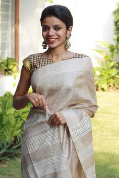 jute-off-white-saree-checks-blouse