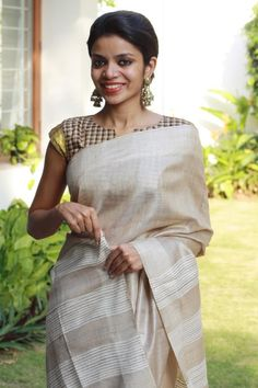 jute-off-white-saree-checks-blouse