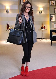 Shannon Elizabeth after. Black Top from Stacy London, Shannon Elizabeth, Leather Skirt, Leather Jacket, London Outfit, Looks Chic, Capsule Wardrobe, Spring Summer Fashion, Black Tops