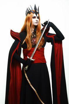 Sauron | Taisia Layne (Sauron)