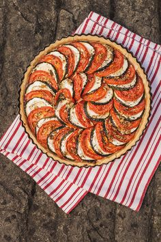Chvilka úsilí při skládání zeleniny se vám bohatě vrátí na vzhledu koláče; Eva Malúšová
