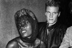 "Képtalálat a következőre: ""grace jones dolph lundgren"" Dolph Lundgren Grace Jones, Jamaica, How To Be Graceful, The Expendables, Star Pictures, Old Love, Black Image"