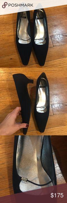 406551d0777 Shop Women s Stuart Weitzman size Heels at a discounted price at Poshmark.  Description  Stuart Weitzman kitten heel pumps with embellishment strap.