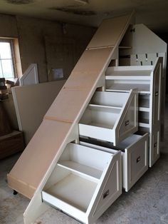 42 Ideas Under Stairs Storage Diy Cupboards Hidden Storage, Diy Storage, Storage Spaces, Under Stairs Storage Solutions, Storage Under Stairs, Stairway Storage, Architecture Renovation, Rustic Closet, Diy Cupboards