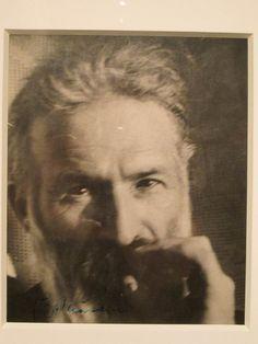 Constantin Brancusi – Autoportrait, c. French History, Art History, Brancusi Sculpture, Constantin Brancusi, Museum Photography, Modern Sculpture, S Pic, Pet Portraits, Modern Art
