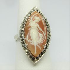 Cameo Jewelry, Cameo Ring, Mourning Ring, Fire And Stone, Soldering Jewelry, Lockets, Bling Bling, Jewlery, Shells