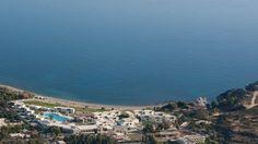 Rodoksen saaren itärannikolla Kolymbian lomakylässä  vietetään rentoa lomaa rannan äärellä merellisten harrastusten parissa. Lasten kanssa lomapäiviin saa vauhtia läheisessä Falirakissa sijaitseva suuri Faliraki Water Park -vesipuisto ja Magic Castle -huvipuisto. #Perheloma #Aurinkomatkat #AurinkoRodos #Kreikka #Rhodes #Kolymbia