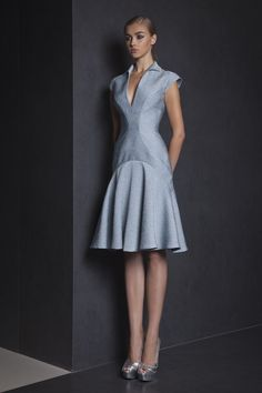 Style 19 Watergreen knee-length cocktail dress in Jacquard with collar, V neckline and cap sleeves