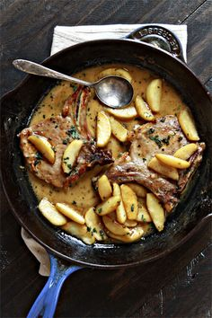 Apple Cider Pork Chops with Caramelized Apples is the perfect fall meal. Fragrant sage and sweet caramelized apples pair perfectly with savory pork chops! Pork Chop Recipes, Meat Recipes, Dinner Recipes, Cooking Recipes, Sage Recipes, Recipies, I Love Food, Good Food, Yummy Food