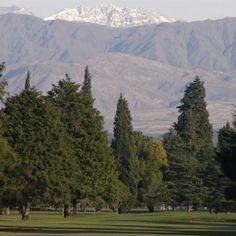 Greens en #Mendoza, ideales para golfistas y supersticiosos. Un hermoso lugar para escaparse del #Viernes13.