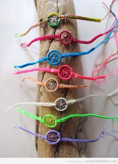 Artisan Friendship Bracelets Dream Catcher Made Pack of 50 Peru Fair Trade by Sanyork (TM) Wholesale Jewelry Kits, Diy Jewelry, Jewelery, Jewelry Making, Wire Crafts, Diy And Crafts, Diy Dream Catcher Tutorial, Dream Catcher Patterns, Macrame Owl