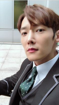 Art Hacks, Choi Jin Hyuk, Korean Star, Art Tips, Pretty Boys, Dramas, Guys, Celebrities, Handsome Boys