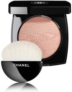 Chanel Poudre Lumiere Highlighting Powder November 2017 - Beauty Trends and Latest Makeup Collections Chanel Makeup, Beauty Makeup, Face Makeup, Chanel Beauty, Makeup Geek, Bronzer, Natural Eyeshadow Palette, Makeup Ideas, Makeup Ideas