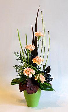 FLOWER ARRANGING BY CHRISSIE HARTEN - THEME - TAKE FIVE FLOWERS