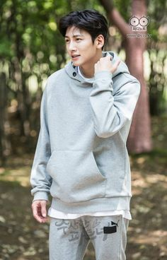 [Drama] Ji Chang Wook is a pro at hugs in Suspicious Partner Asian Celebrities, Asian Actors, Korean Actors, Korean Idols, Korean Dramas, Celebs, Korean Star, Korean Men, Korean People