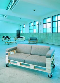 Pallet Sofa / LoftSofa // WfG