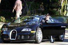 Simon Cowell's $ 1,700,000 Bugatti Veyron