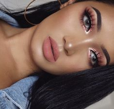 Loving this look by using the Peach Extended palette, Queen Matte L… - Prom Makeup Looks Prom Makeup Looks, Cute Makeup, Glam Makeup, Skin Makeup, Eyeshadow Makeup, Bridal Makeup, Eyeshadow Palette, Simple Eyeshadow, Makeup Looks