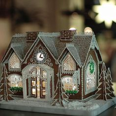 1 million+ Stunning Free Images to Use Anywhere Cool Gingerbread Houses, Gingerbread House Designs, Gingerbread Village, Gingerbread Decorations, Christmas Gingerbread House, Christmas Treats, Christmas Baking, Winter Christmas, Gingerbread Cookies