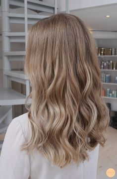 40 gorgeous honey blonde hairstyles ideas 40 The Effective Pictures We Offer You About balayage hair Ombre Hair Color, Blonde Color, Beige Blonde, Neutral Blonde Hair, Light Blonde, Ash Blonde, Blonde Brunette, Hair Colour, Blond Hairstyles