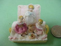 3 Dolls with layette by Almudena Gonzalez - amazing!