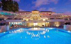No Porto, o hotel de luxo The Yeatman, conquista o título de melhor alojamento vínico do mundo...