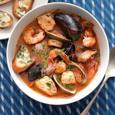Cioppino Seafood Stew with Gremolata Toasts / Charles Masters, food styling by Sue Li. 81 most satisfying Soup Recipes Seafood Stew, Seafood Dinner, Mussels Seafood, Seafood Recipes, Soup Recipes, Cooking Recipes, Clam Recipes, Dinner Recipes, Shellfish Recipes