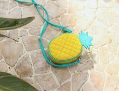 todomoda pineapple clutch