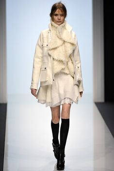 Sacai Fall 2012 Ready-to-Wear Fashion Show - Josephine Skriver (IMG)